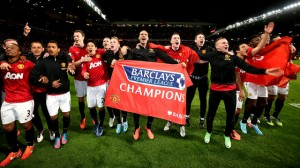 Manchester United players celebrate title win